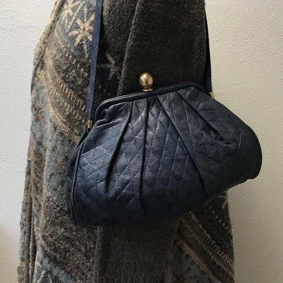 b231f3f025de Sabina Blue Quilted Leather Handbag Purse. M 5b8dd7009e6b5bf970d118a2